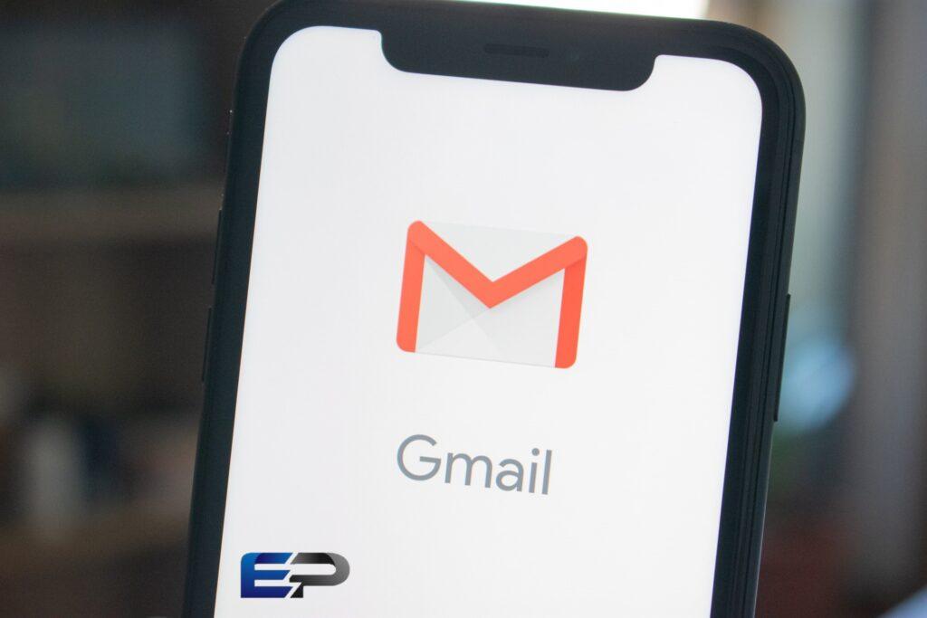 यदि आप gmail को use  करते है तो जरुर जान ले यह स्मार्ट फीचर्स आपको हैरान कर देगा